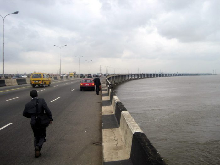 Image result for Third Mainland Bridge temporarily closes to traffic Thursday midnight. Sector Commander of FRSC in
