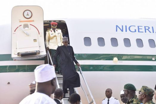 Buhari_arrives_from_London_1