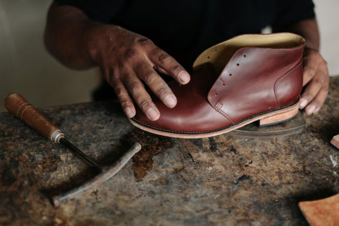 Photo of a cobbler used to illustrate the story [Photo; nisola.com]