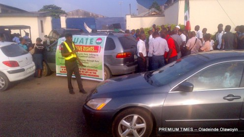 Aviation union protesting at the Arik Air office