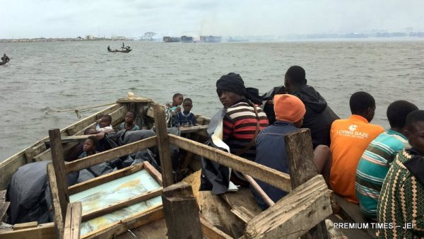 Residents of Otodogbame fleeing after the demolition