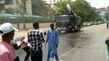 Police fires teargas at Shiite protesters