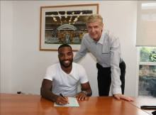 Arsenal's new signing Alexandre Lacazette and Coach Arsene Wenger
