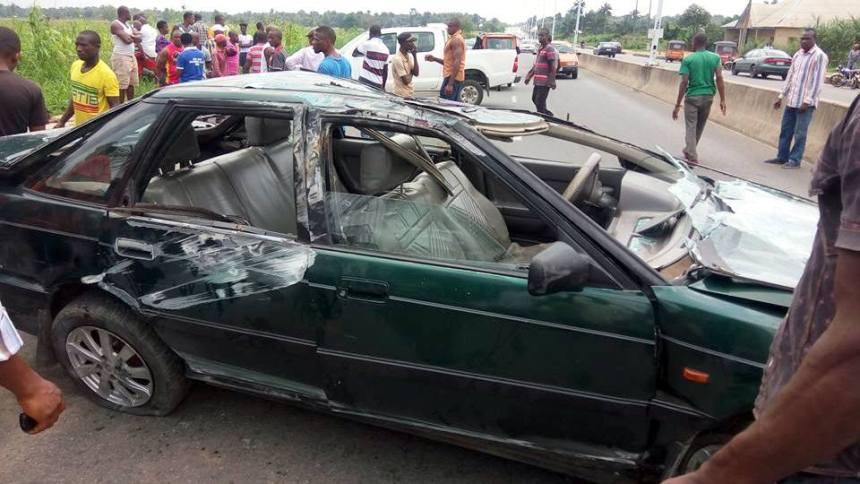The scene of the car crash along Aka-Nung Udoe Road, Ibesikpo-Asutan, Akwa Ibom State [Photo credit: Aniefiok Ekwere]