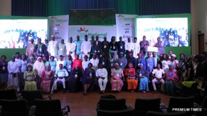 Final panelist, Partners, Delegates and Volunteers take a picture together.