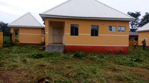 Completed but abandoned health centre built by NPHCDA in Edikwu Icho community, Benue state.