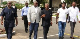 From left: Chairman, Lagos State Sports Commission, Mr Deji Tinubu; Gov. Akinwunmi Ambode; Commissioner for Health, Dr Olajide Idris; former Super Eagles striker, Obafemi Martins; and Personal Assistant to Martins, Mr Deji Ayodeji, after the Nigerian International donated some medical equipment to Lagos State Government on Friday (3/11/17). 05876/03/11/2017/Supo Olosunde/BJO/NAN