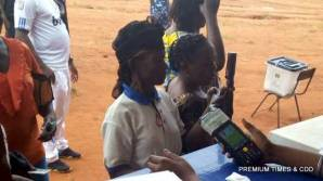 08.47: Cases of card reader not identifying voters card but they are voting at otuocha ward 1 unit 005