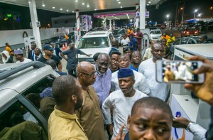 VP visits filling stations in Lagos by NOVO ISIORO20
