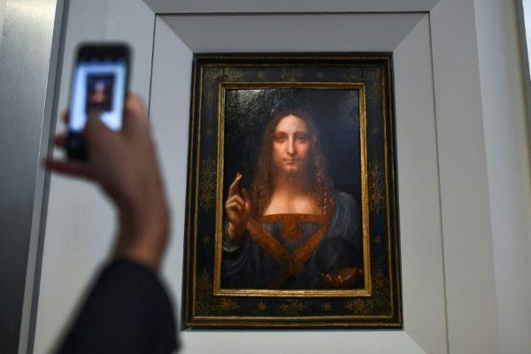 """Leonardo da Vinci's """"Salvator Mundi"""" $450.3m bought by Saudi Prince Salman"""