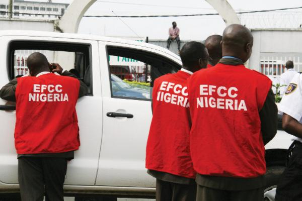 Breaking News: EFCC Wuse Zonal office in Abuja on fire