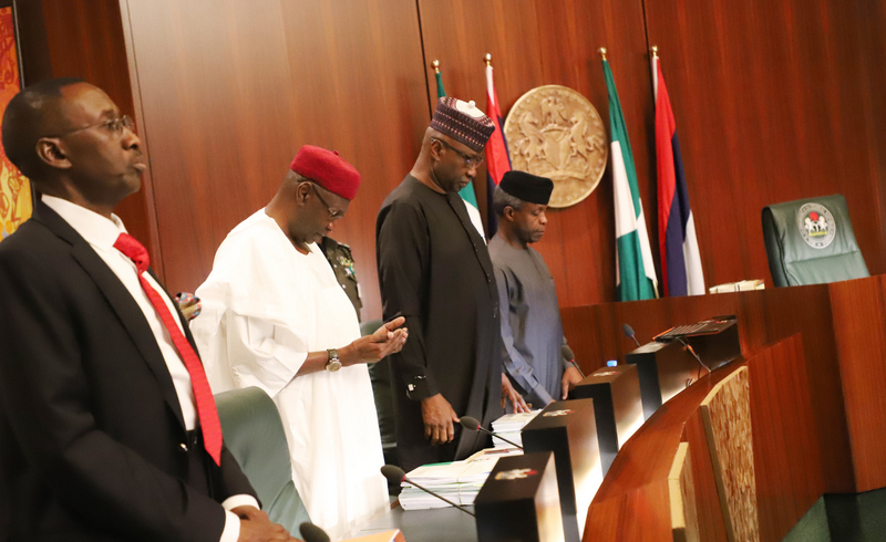 (l-r) National Security Adviser, maj. Gen. Babagana Monguno; Chief of Staff to the President, Mallam Abba Kyari; SGF, Mr. Boss Mustapher and Vice President Yemi Osinbajo during opening prayerss for the Federal Executive Council chaired by the Vice President at the Aso Chambers, State House, Abuja. Photo by Abayomi Adeshida 11/04/2018