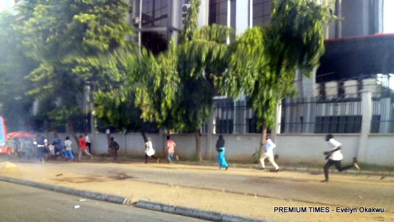Umrah Banner: Again, Police Disperse Protesting Shiites In Abuja