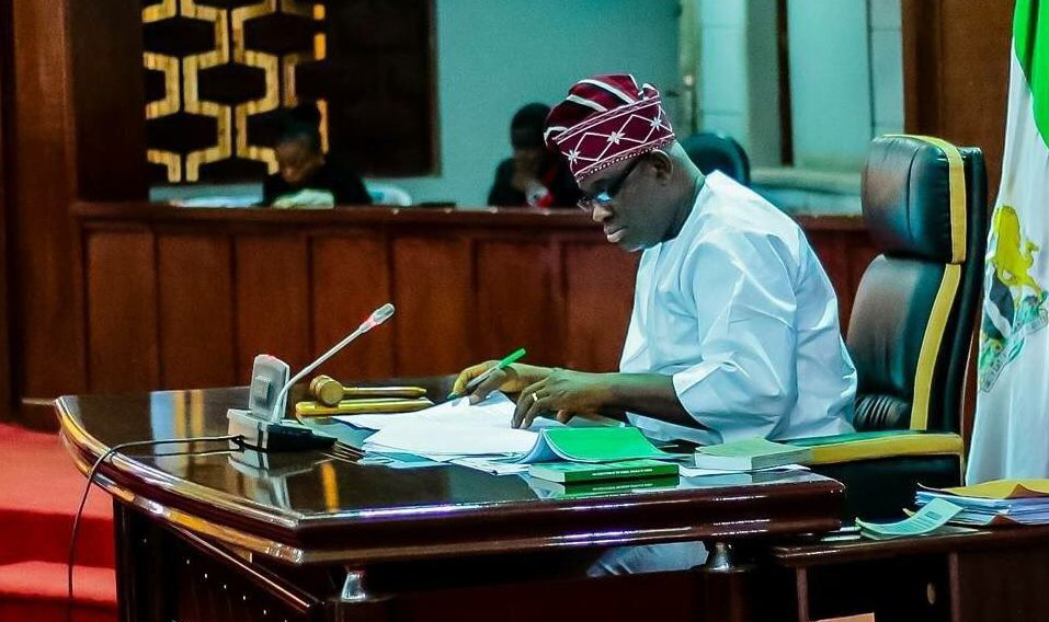 Ajimobi declares three-day mourning for late Oyo Speaker