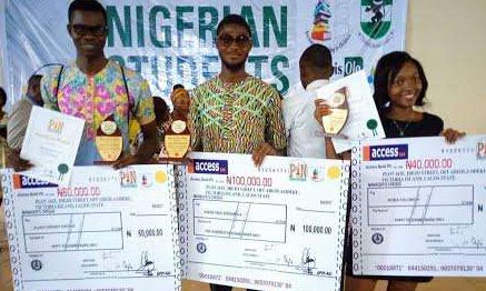 Bakre Fadil, Ajah Henry and Bona Solomon presented with cash prize for emerging winners of NSSP 2017 (Kolade Olanrewaju)