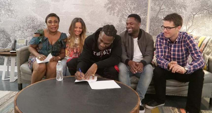 Burna Boy signs deal with Universal Music