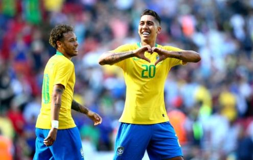Firminho seals Brazil's victory with the second goal of the game. (Photos: Reuters)