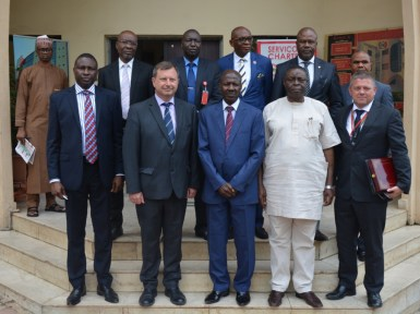 Paul Arkwright, British High Commissioner to Nigeria at the EFCC HQ on a courtesy visit