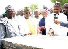 L-R. Borno state Deputy Governor Usman Mamman Durkwa, Borno State Governor, Kashim Shettima, Managing Director Aliko Dangote Foundation, Zouera Youssoufou, Trustee Aliko Dangote Foundation, Halima Dangote, Chairman and Founder Aliko Dangote Foundation, Aliko Dangote,