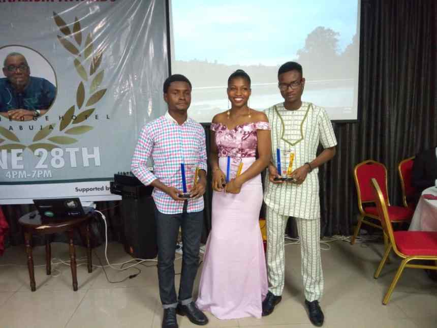 The winners from L-R: Adekunle Adebanjo; Best Oponion Piece, Okafor Chiamaka; Best Community Journalism story and Best campus reporter, Kabir Adejumo, Best investigative story, most prolific writer and best male campus reporter during the campus journalism awards.