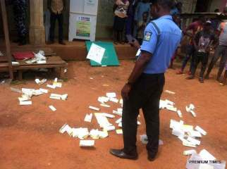 Ikole Ward 3 Unit 4. An attempt was made by Sunday Owoeye, Segun Oni and Adewunmi (a.k.a. Pepper) to snatch ballot box at Ward 3 unit 4 Ikole LGA. The three are said to be suspected APC thugs.