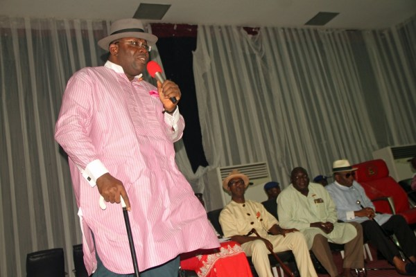 Bayelsa State Governor, Hon. Seriake Dickson (L), addresses Political Appointees in the State, during a meeting at the Chief DSP Alamieyeseigha Memorial Banquet Hall, Government House, Yenagoa. With him are: From Right: the Deputy Governor, Rear Admiral Gboribiogha John Jonah, Retd, the State Vice Chairman, PDP, Chief Mathew Israel Goli, and the SSG, Bayelsa State, Barr. Kemela Okara. Photo by Michael Owi.