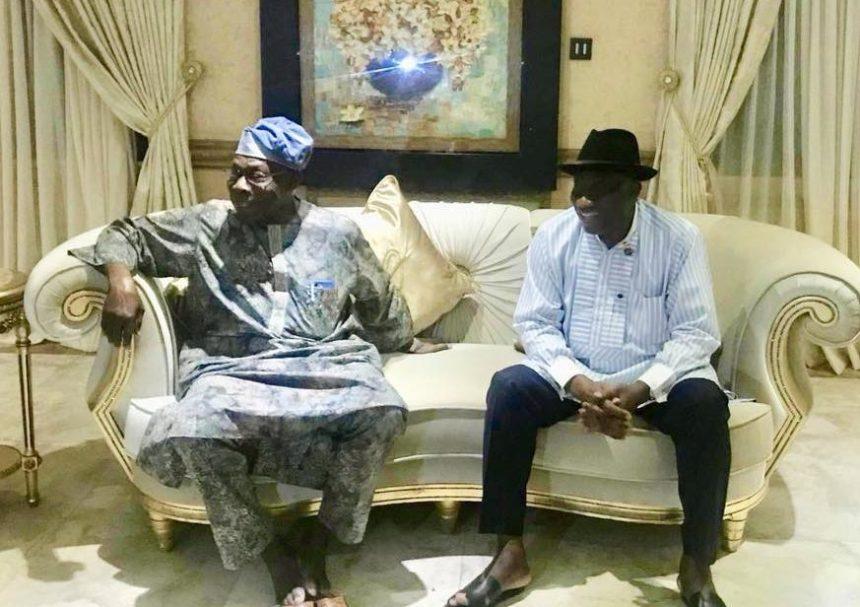 Former President Jonathan hosted hispredecessor Olusegun Obasanjo at his country home in Otuoke, Bayelsa State