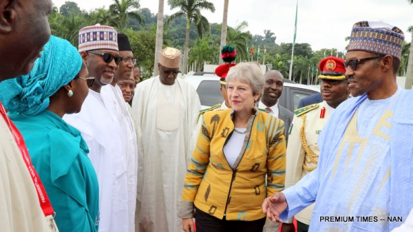 President Muhammadu Buhari (R) introducing members of his cabinet to the visiting British Prime Minister, Theresa May at the Presidential Villa in Abuja on Wednesday (29/8/18) 04691/29/8/2018/Callistus Ewelike/NAN