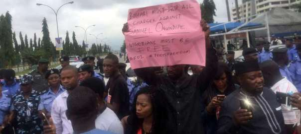 Protesters Storm Nigeria Police HQ, demand Samuel Ogundipe's release