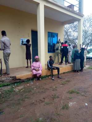 Unit1 ward3 Ijebu Ijesha grammer school, Oriade Corp members paste list of accredited voters