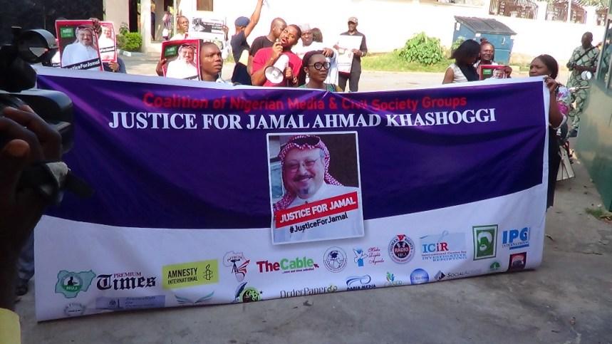 Nigerian journalists at the Saudi Arabian Embassy protesting the killing of Jamal Khashoggi