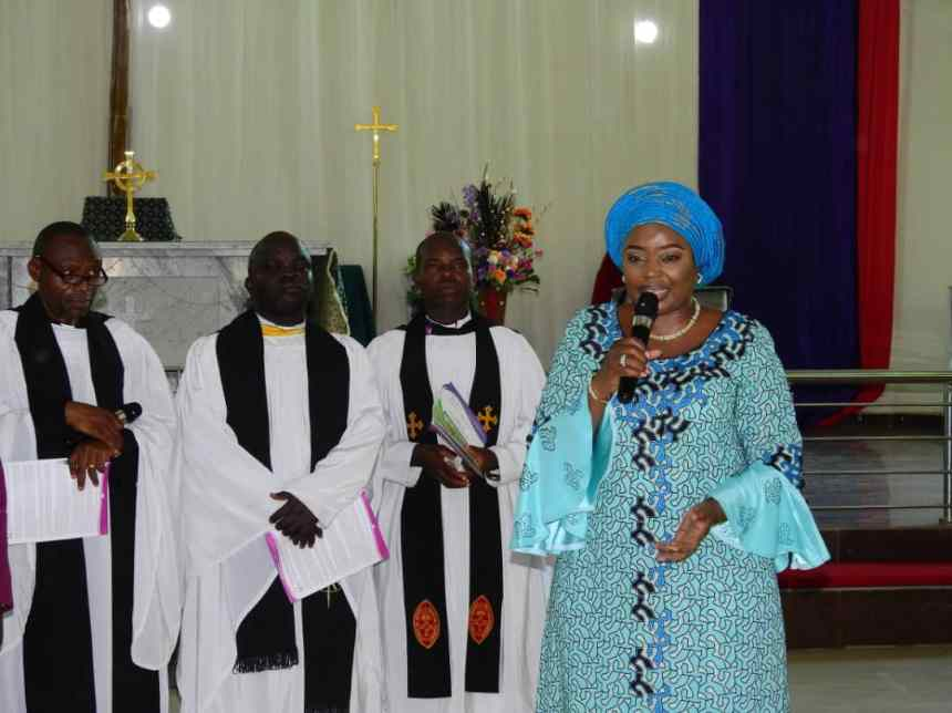 Grace Chamah, wife of the former military Governor of Katsina and Kebbi states, represents Aisha Buhari at the 2018 Episcopal Harvest of the Anglican Communion at the Cathedral of Holy Trinity, Gwagwalada, Abuja.