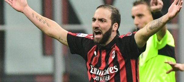 Higuan outraged after the red card