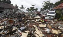 Indonesia Tsunami (Photo Credit: Daily Express)