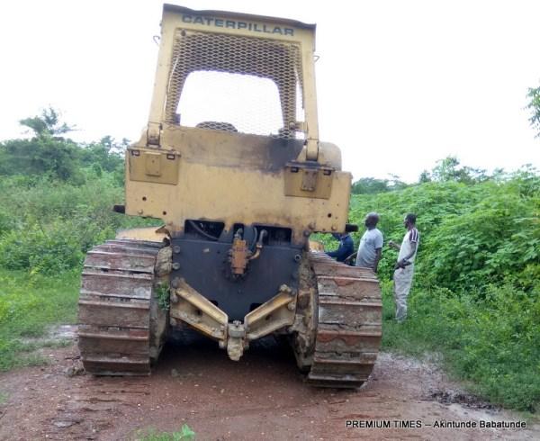 Contractors washing equipments at Igbojaiye Earth dam