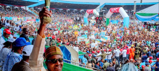 President Buhari campaigning in Delta State. [PHOTO CREDIT: Official twitter handle of President Buhari]