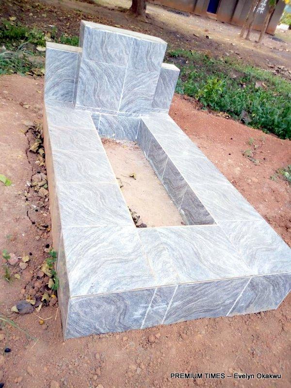 Ochanya's grave