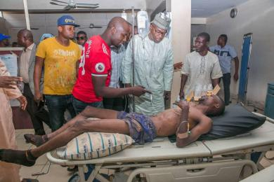 APC governorship candidate AbdulRahman AbdulRazaq paying a get-well-soon visit to victims of attacks by PDP thugs in Ilorin, capital city of Kwara State.