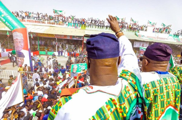 PDP's Atiku Abubakar campaigns in Yola, Adamawa State. [PHOTO CREDIT: Official twitter handle of Atiku]