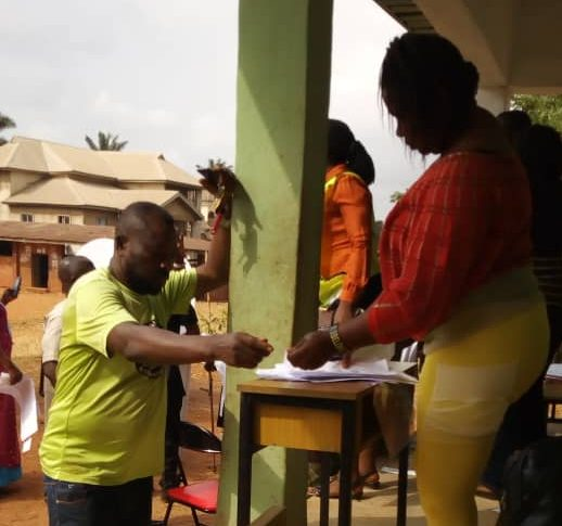 9:51am RAC 002, EZEMA WARD, IGBO EZE SOUTH LG, ENUGU NORTH it has been confirmed that one of the card readers is Nt working. And due to lack of proper security, voters are now shouting at the PO to be allowing people to vote even without card reader so they can start going home to their various houses