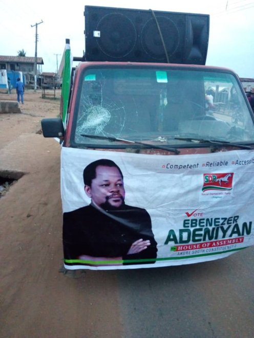 The car of Ebenezer Adeniyan attacked by thugs