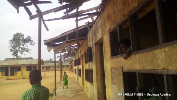 An abandoned building at Methodist School, Ewu-tuntun, Oshodi