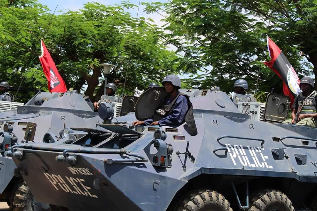 Armed robbers kill Nigerian policeman in gun duel