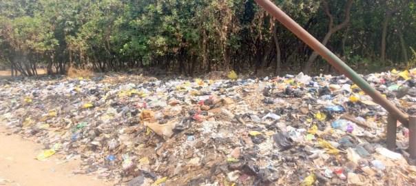 Refuse dump along Gadamaza, Abuja