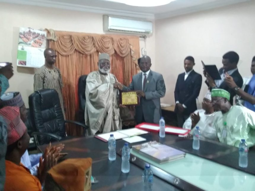Former Head of State, Abdulsalami Abubakar receiving senior executives of the NIPSS study tour team course 41 who paid him a courtesy visit at his country home in Minna, the Niger state capital.
