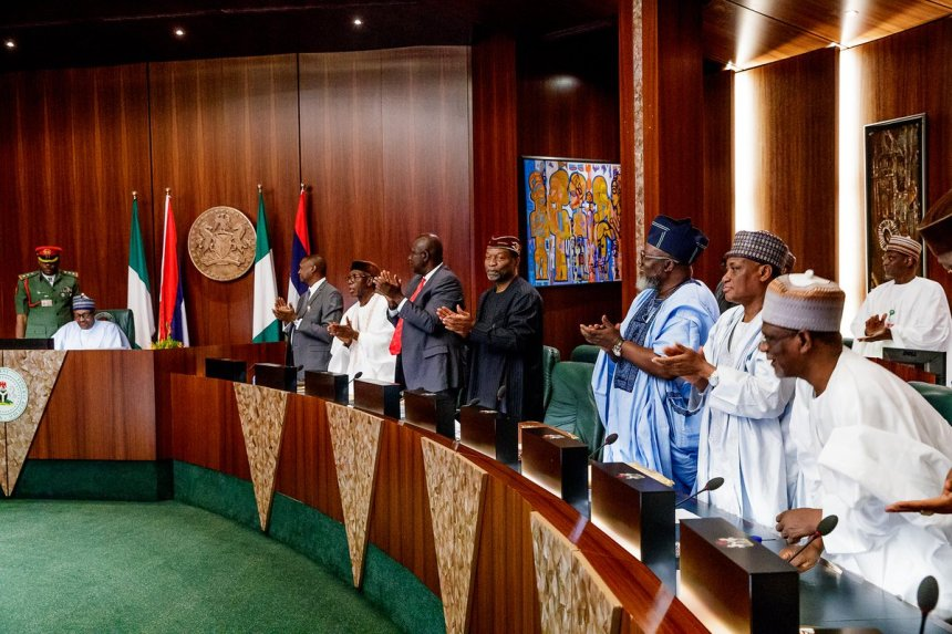 President Muhammadu Buhari presides over Valedictory Meeting of the Federal Executive Council (FEC) today at the State House, Abuja