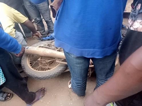 The accident scene. Photo credit: Ifeoluwa Adediran