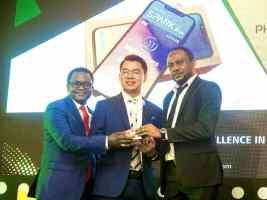 TECNO WINS AITTA Phone Award (1)