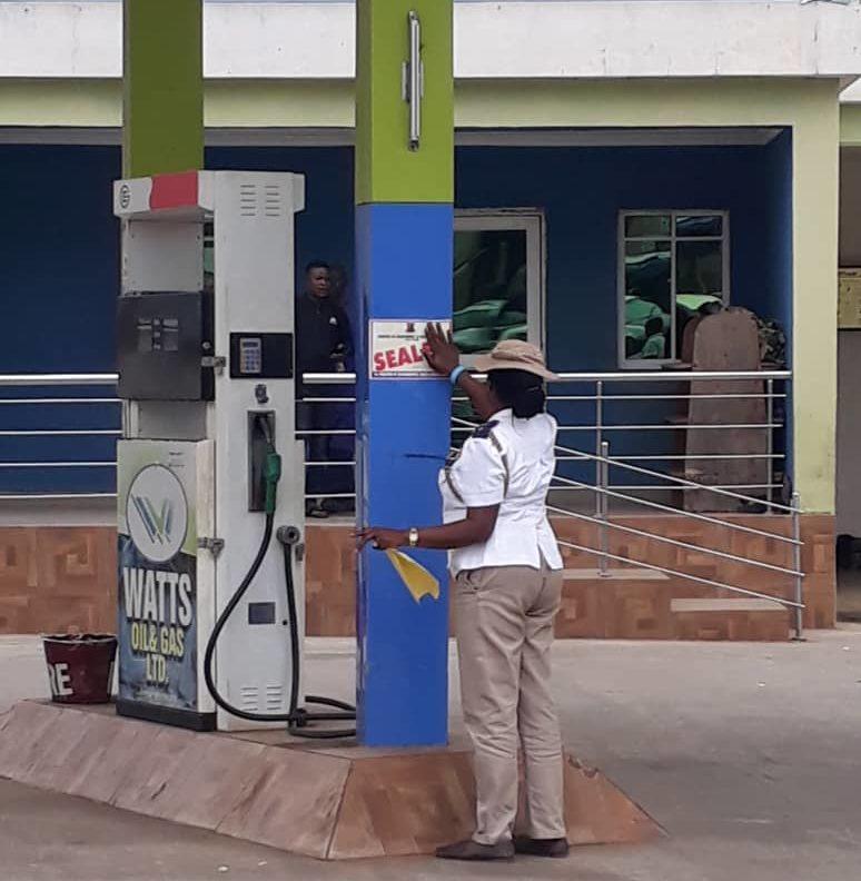 Oyo govt. demolishes 5 shops, seals petrol station for violating environmental law in Ibadan