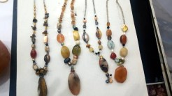 Jewelries made from Agate.